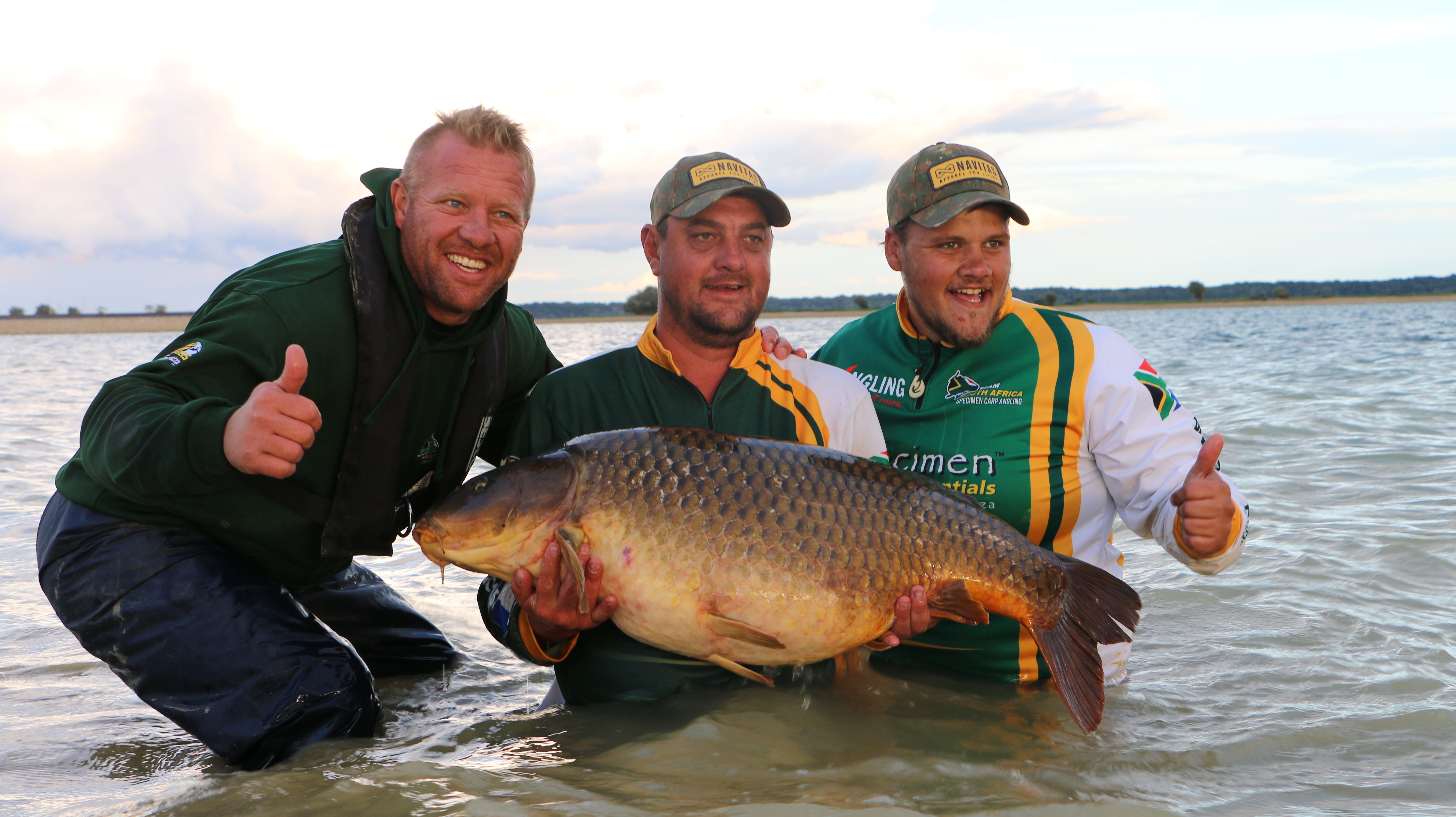 World carp masters team south africa carp sa for Fishing drone for sale
